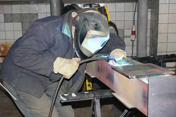 Полуавтоматическая сварка металла