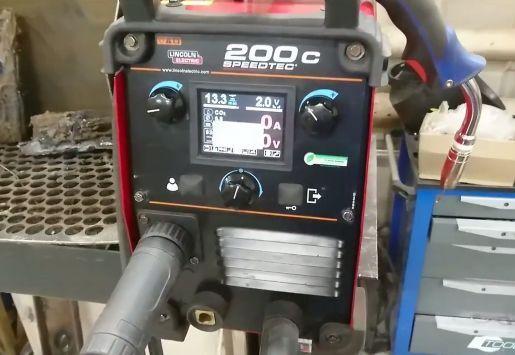 Сварочный аппарат Lincoln Electric Speedtec 200C