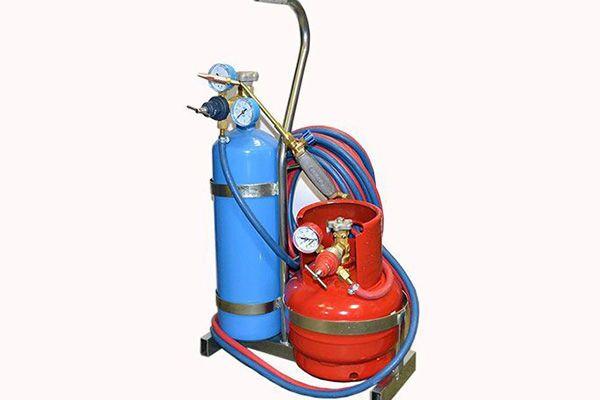Кислород и пропан для газопламенной сварки