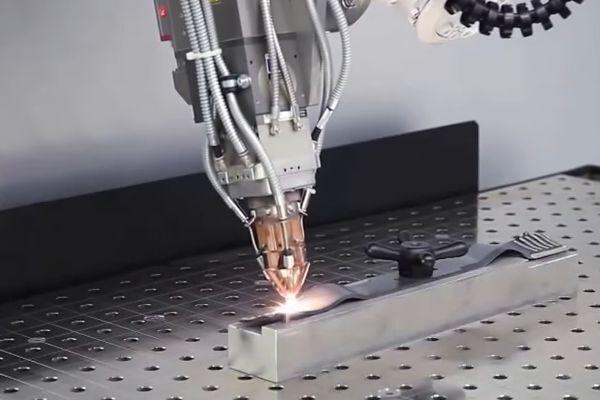 Процесс лазерной сварки нержавейки