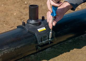 Как врезаться в водопроводную трубу без сварки?