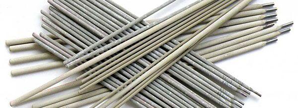 Применяются различные электроды в зависимости от количества хрома в составе