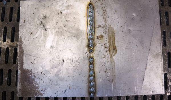 Шов при сварке тонкого металла аргоном