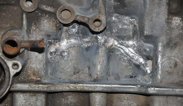 Трещины и оксидная пленка после сварки алюминия электродом