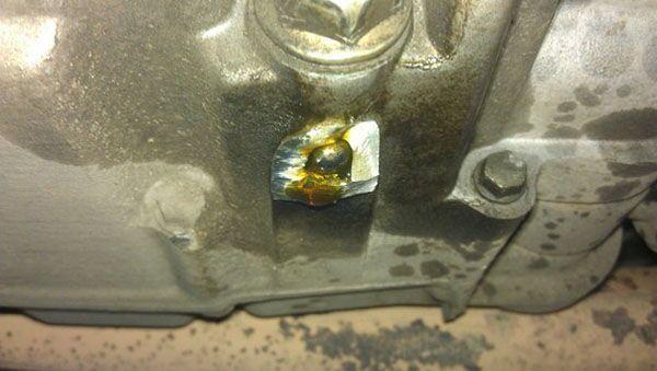 Холодная сварка компании Hi Gear в ремонте автомобиля
