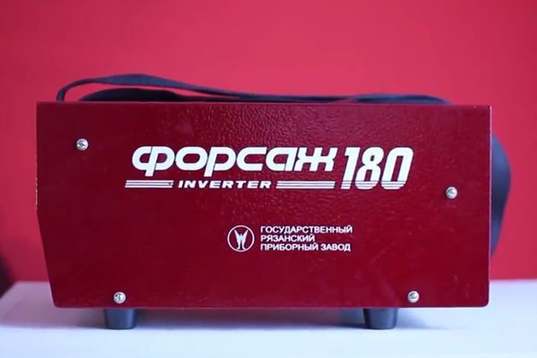 Сварочный инвертор Форсаж 180